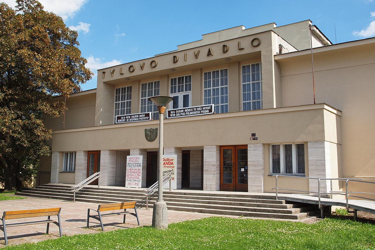 10900-tylovo-divadlo-1.jpg