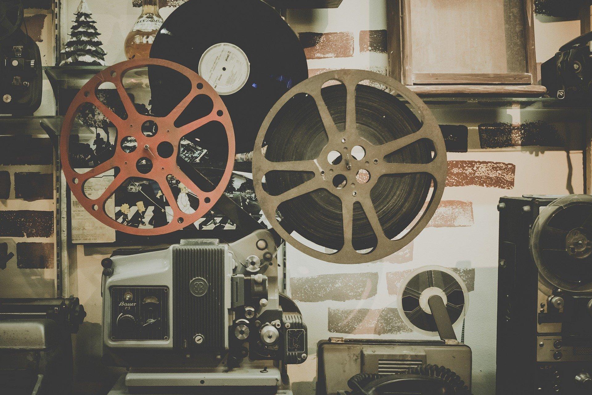 20372-movie-918655-1920.jpg
