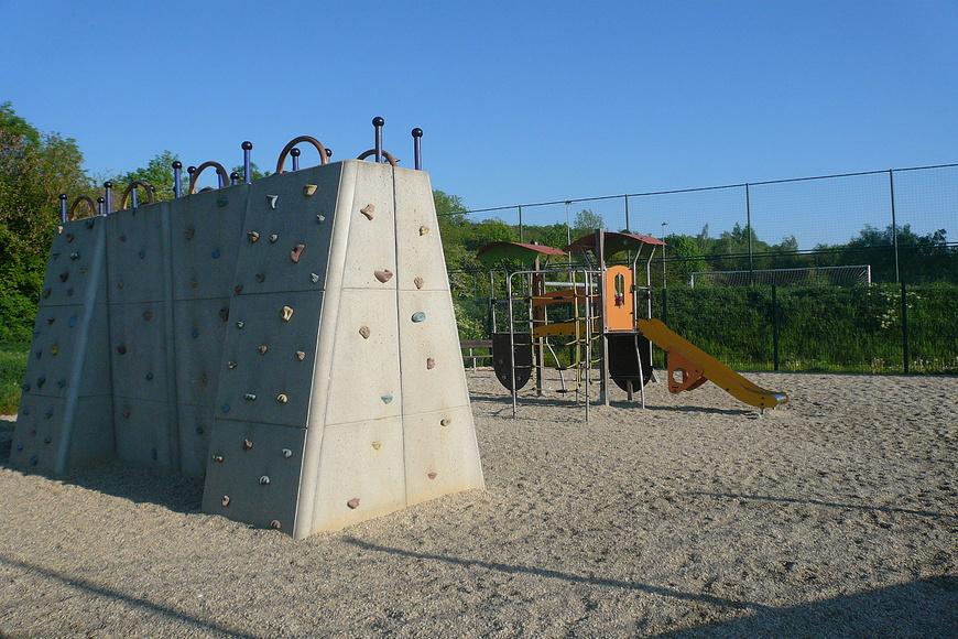 Dětské hřiště - Jana Palacha (2)