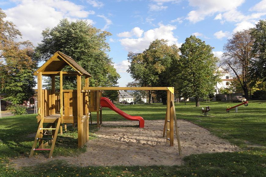 Dětské hřiště - Ku ptáku (1)