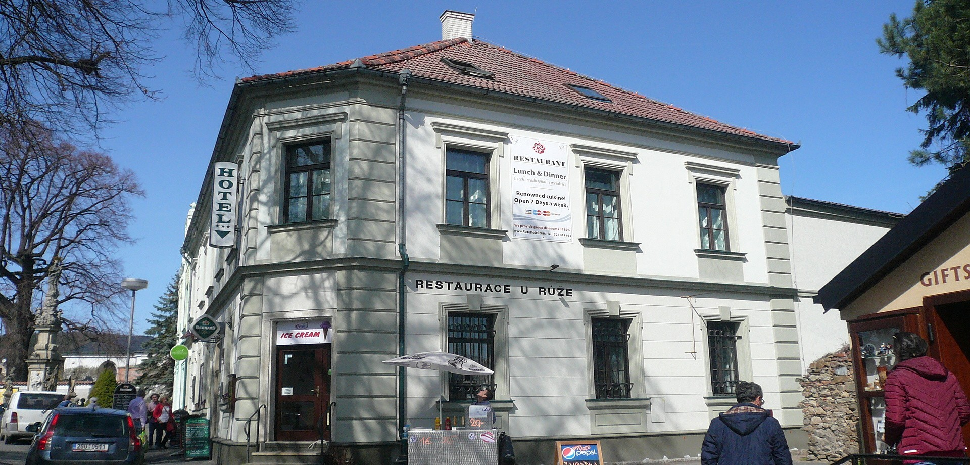 Hotel U Růže (1)