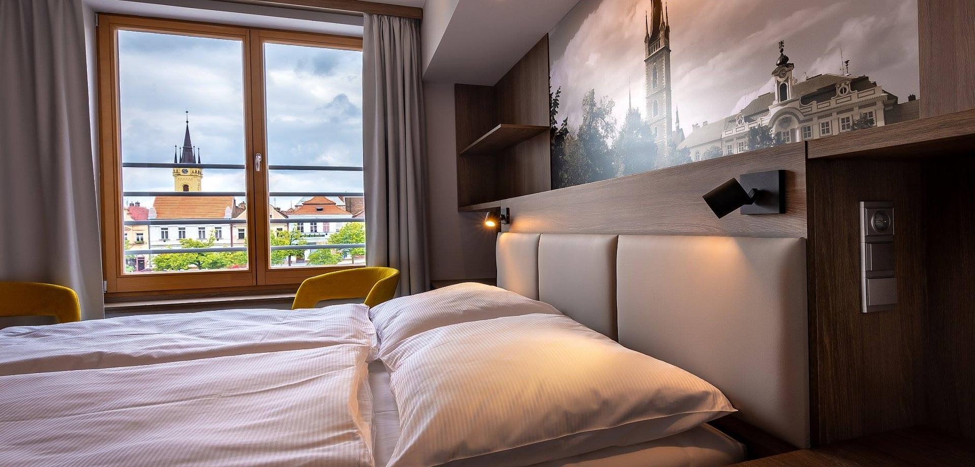 Hotel Grand (2)