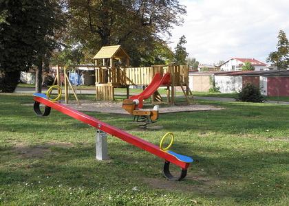 Dětské hřiště - Ku ptáku (3)