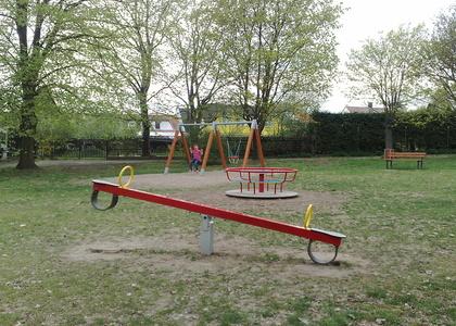 Dětské hřiště - Sedlec (2)