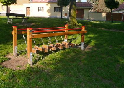 Dětské hřiště - Seifertovy sady (3)