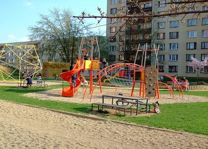 Dětské hřiště - Vostrov vnitroblok Opletalova ulice (1)