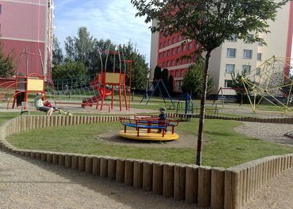 Dětské hřiště - Vostrov vnitroblok Opletalova ulice (2)
