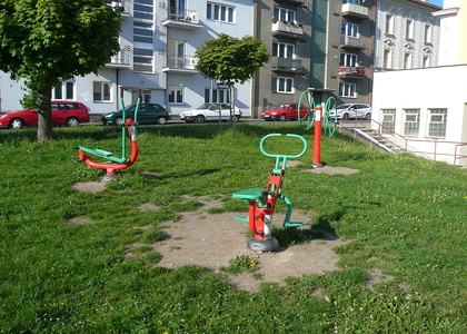 Venkovní posilovna v Sokolské ulici (3)