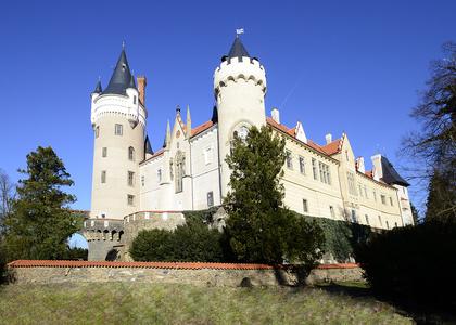 Zámek Žleby_foto archiv zámku Žleby